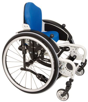 Kinderrollstuhl mit blauem Sitzbezug
