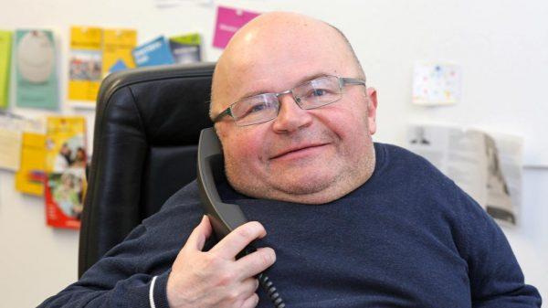 Viel zu tun: Als ehrenamtlicher Behindertenbeauftragter kümmert sich Oswald Utz bereits in der fünften Amtszeit um die Belange von behinderten Menschen in München.