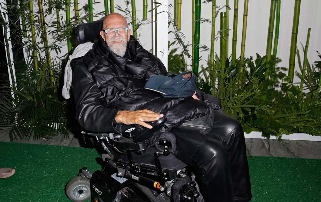 """Chuck Close auf der """"Party in the Garden"""" im Museum of Modern Art (MoMA) in New York."""