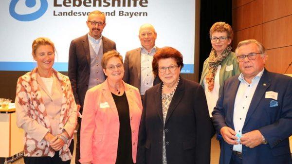 Gruppenfoto Vorstand Lebenshilfe Bayern