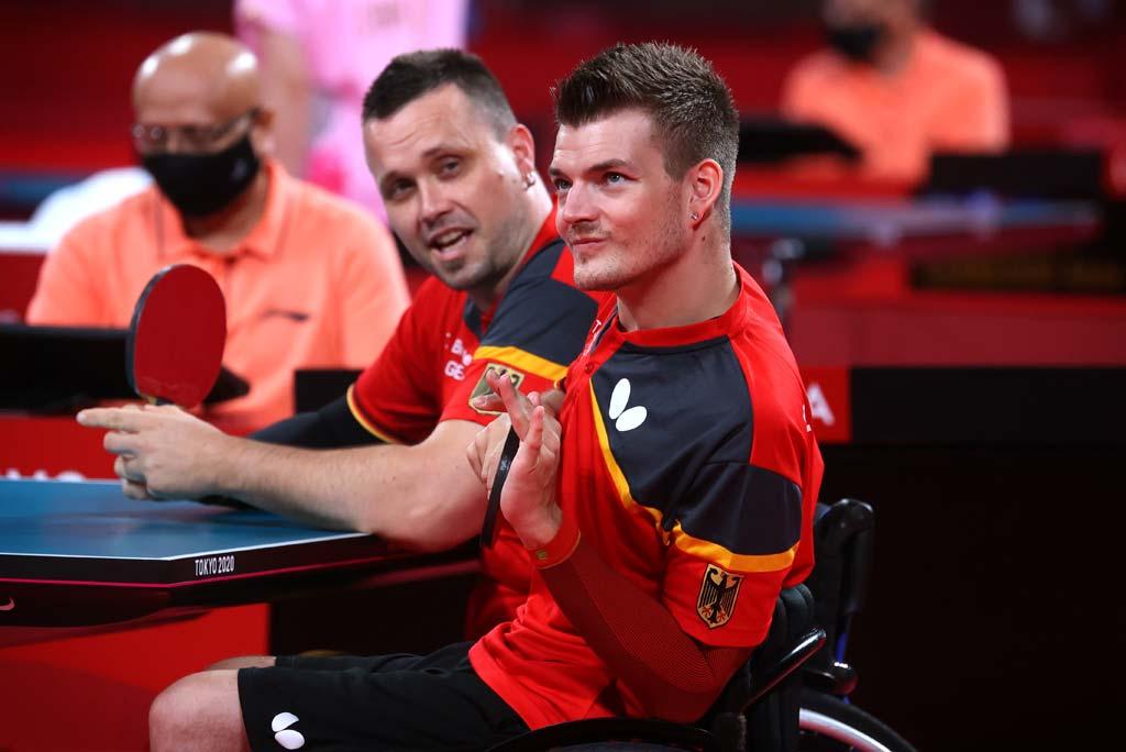 Thomas Schmidberger und Thomas Brüchle an der Tischtennis-Platte