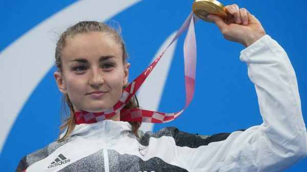 Elena Krawzow mit Goldmedaille in Tokio