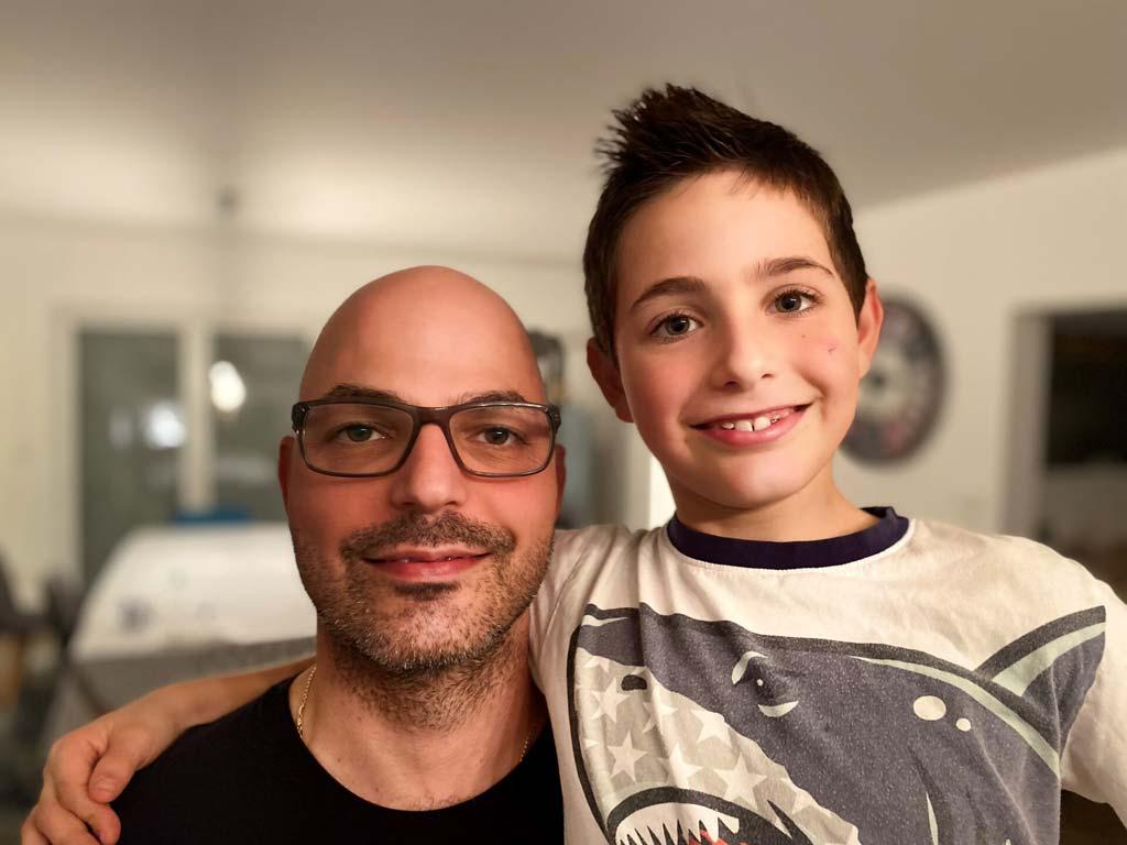 Eric mit seinem Vater Heiko